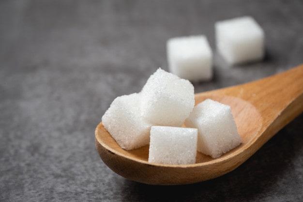 Dieta senza zucchero per perdere peso: è buona idea