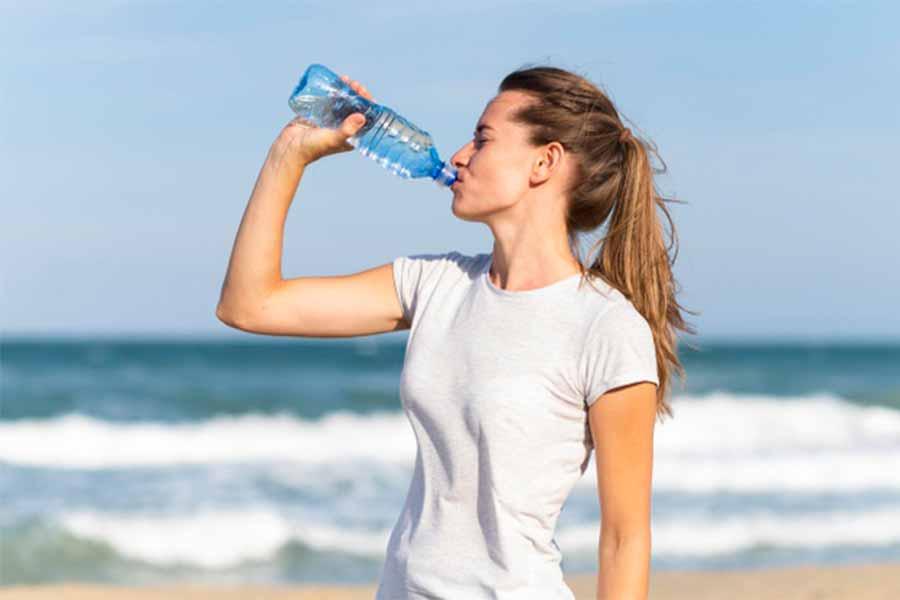 Idratazione-il-punto-di-partenza-di-una-dieta-naturale
