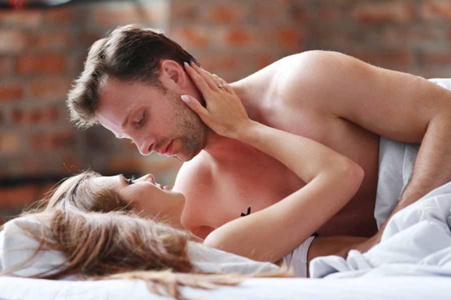 Variare le posizioni sessuali per evitare l'eiaculazione precoce