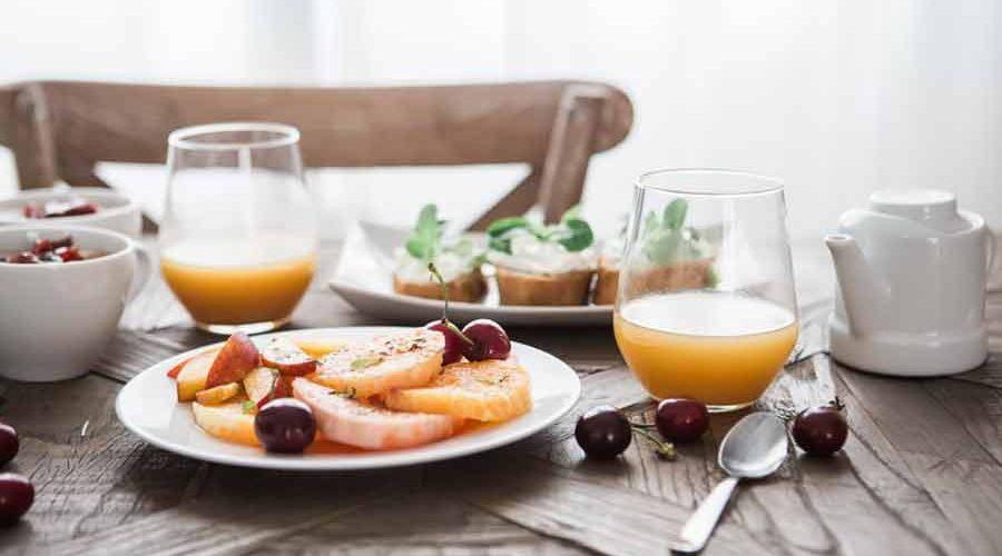 Colazione ideale cosa mangiare al mattino