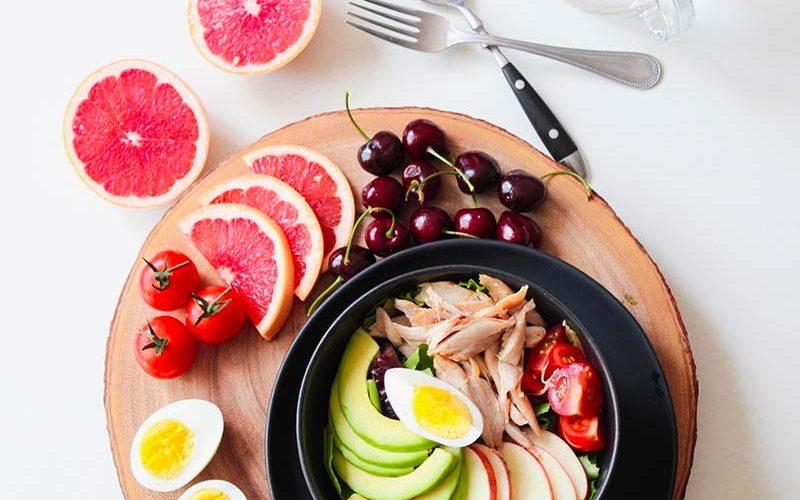 Pasto serale equilibrato: cosa mangiare a cena per mantenere la linea?