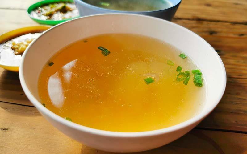 Zuppa di cavolo brucia grassi: la ricetta per perdere peso